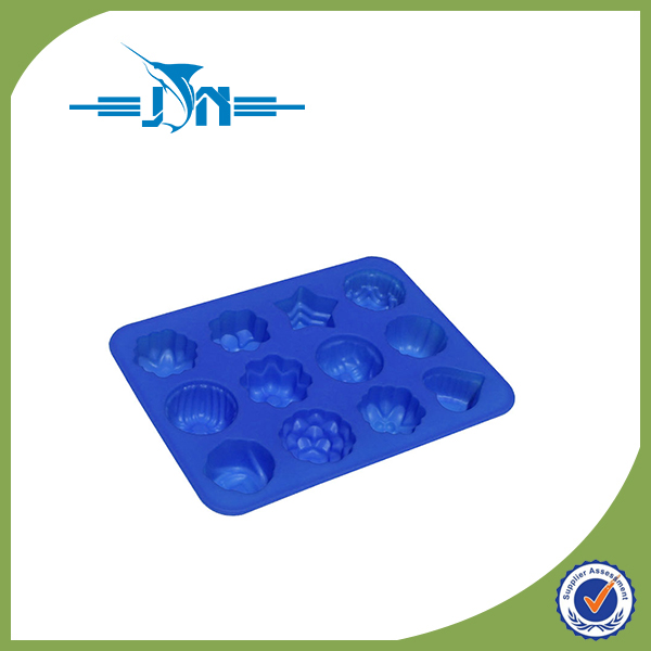 Multifunctional factory price fashion design rose shape silicone cake mold chocolate molds with low price