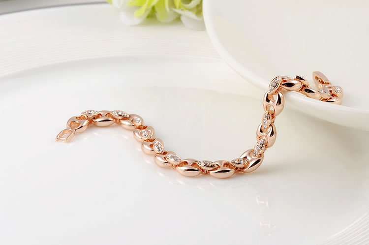 Simple Gold Bracelets For Women Designs
