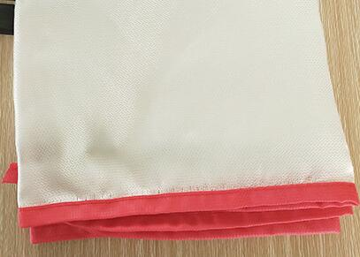 0.4mm 1.5m x 1.5m 1.2m x 1.5m Fire Blanket made from glass fiber cloth for kitchens hotel entertainment places gas station