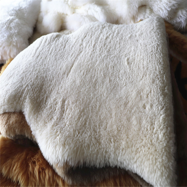 Soft Sheepskin Pad Skin Cover Warm Hairy Carpet Seat Pelt Home Decoration