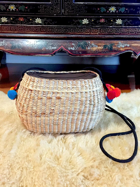 Handwoven Straw Bag,Pom Pom Straw Bag,Straw Handbag,CrossBody Straw Bag,Pom Pom Bag,Mini Straw Bag,Straw Tote Bag,Straw Beach Bag,Straw Tote