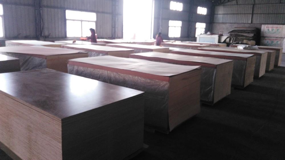Poplar core white laminated plywood sheets
