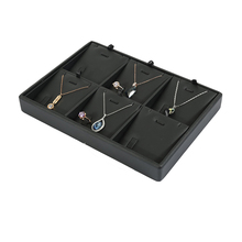 2019 New Design Custom Black PU Leather MDF 펜 던 트 Necklace 디스플레이 와 6 격자 <span class=keywords><strong>보석</strong></span> Tray 포장