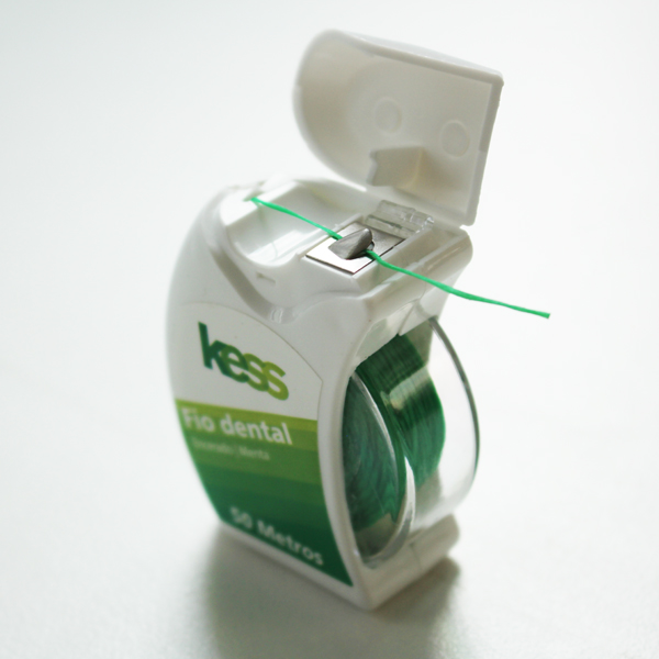 50 M lengte plastic container waxed dental floss