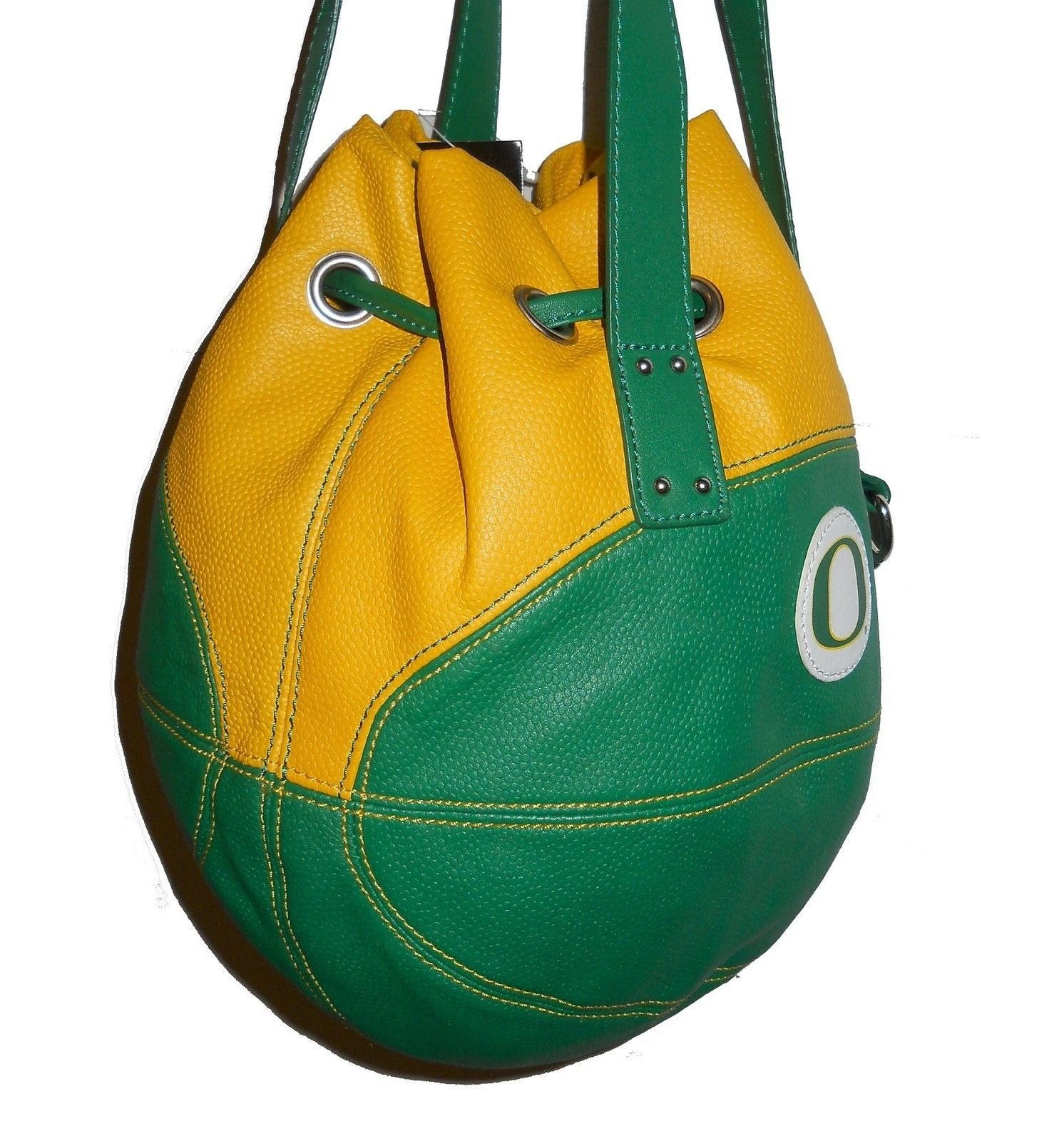 r25 Oregon Ducks NCAA BASKETBALL PURSE Green Yellow Ball Shaped Shoulder Bag f06bce8559