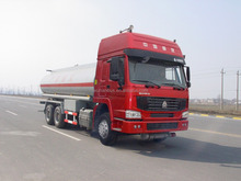 Used SINOTRUK oil tanker for charter, oil tank truck dimension