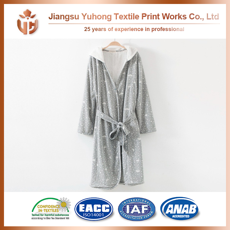 2016 New Brand 100% Polyester Absorbent Bath Robe On Hot Selling