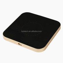 Hot sale inductive wireless charging pad receiver handy power charger Qi wireless charger for iphone 8 and iphone X
