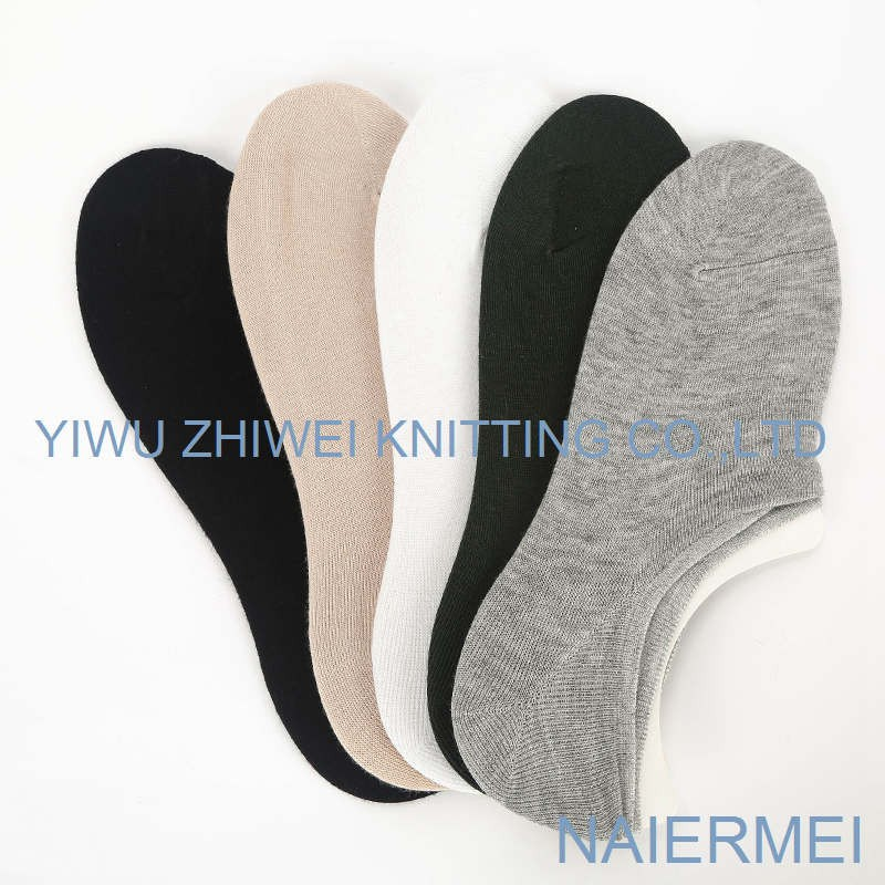high quality sports men's combed cotton crew sock