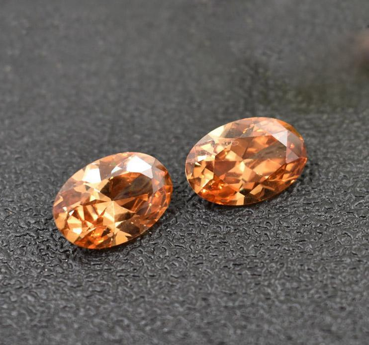 Classic oval cut orange CZ gemstone for Jewelry seting
