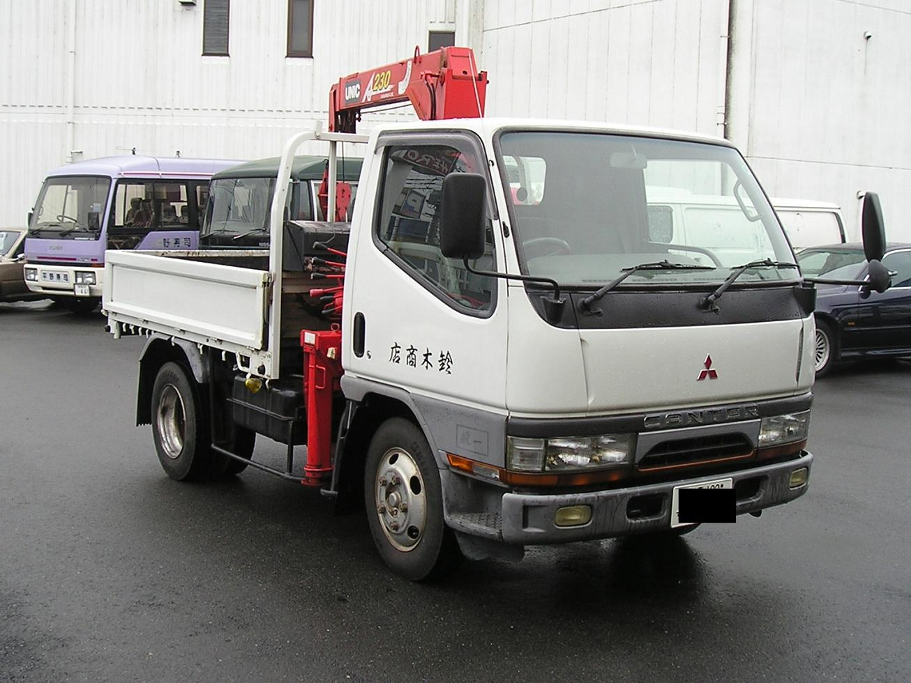 medium at accessories inc of truck class duty powered press dealer lineup shows america new gasolinepowered fe release show the fuso trucks gasoline line up work mitsubishi daimler