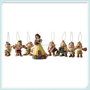 Polyresin Snow White and the Seven Dwarfs Ornament