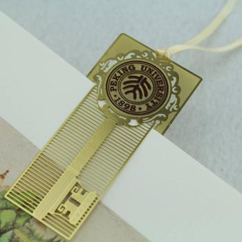 New design  customized metal bookmark for gifts/gold etching bookmark metal