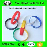2016 Custom Embossed / Debossed logo silicone wristband Promotional Custom Logo Rubber bracelet Rubber band for kids