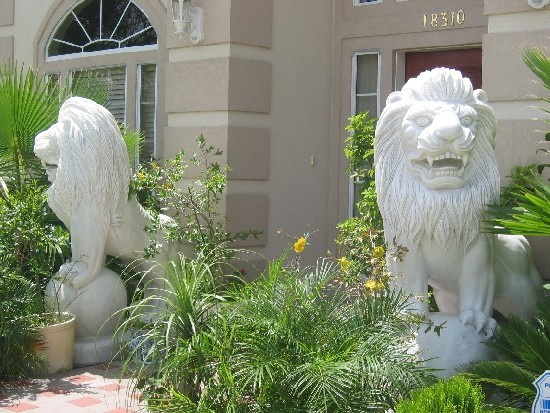 White marble lion statues for sale for home garden gate for White garden rocks for sale