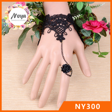 Sexy Black Lace Gothic Vintage Armband Ring Handfesseln Fingerlose Handschuh