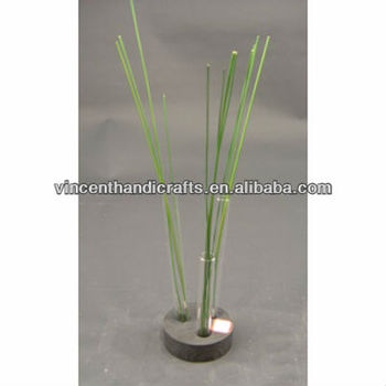Novel Small Three Glass Tube Vase On Wooden Base For Party