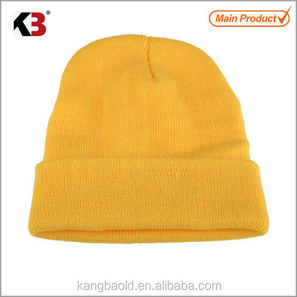 2016 High quality thick yellow beanie with custom label free pom beanie winter beanie hats