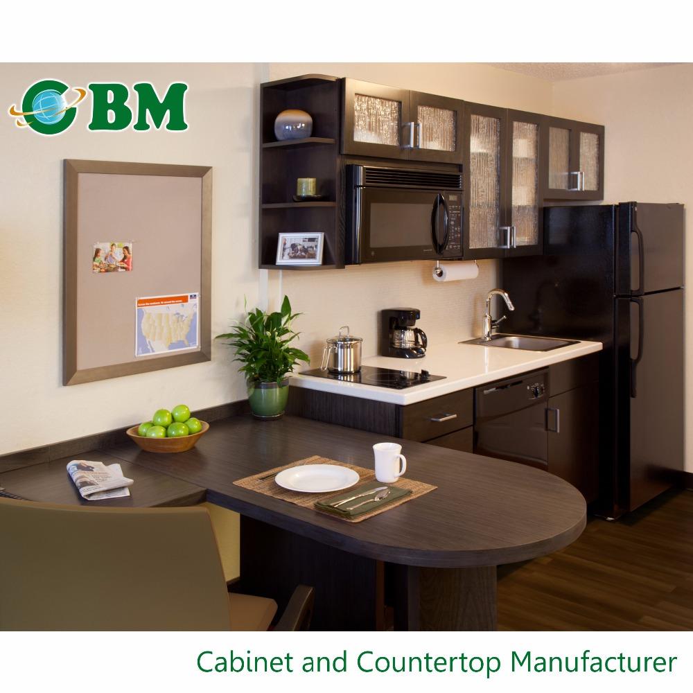 expresso maple bois armoires de cuisine avec givr vitr ins r pour h tel candlewood suites. Black Bedroom Furniture Sets. Home Design Ideas