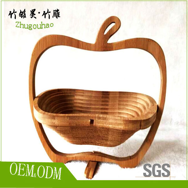 Different shape empty baboo fruit baskets