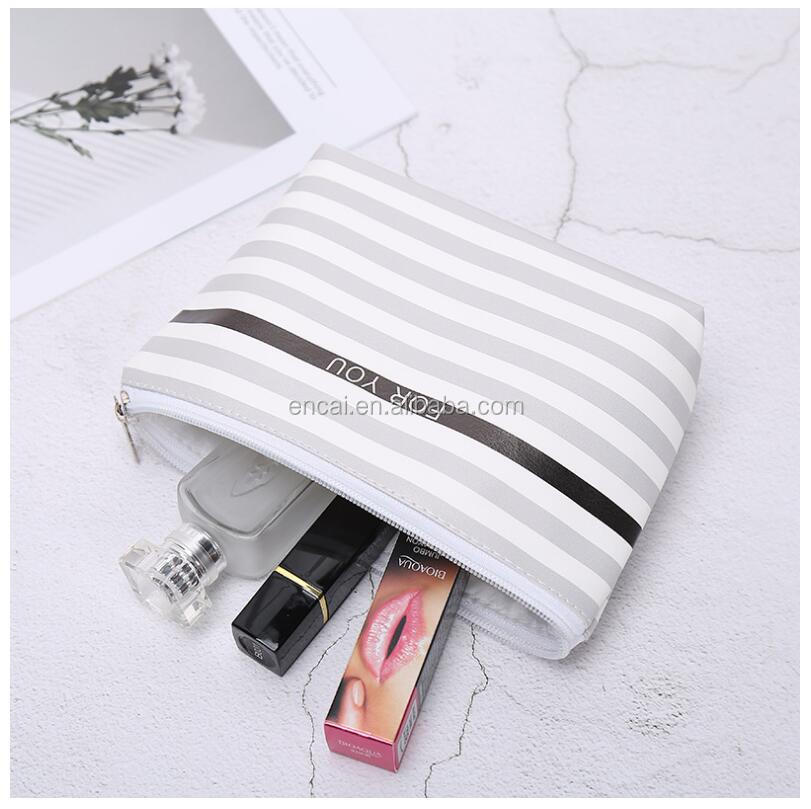 Encai New Design PU Zipper Cosmetic Bag Unique Feather Pattern Makeup Bag