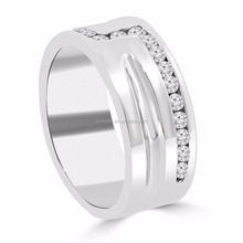 Titanium Jewelry 0.65 ct Men's Round Cut Diamond Wedding Band in Channel Setting
