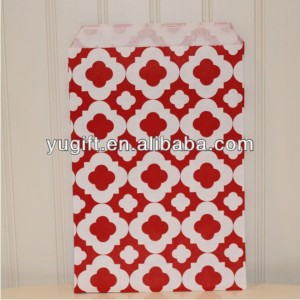 Mod Print Red Party Favor Bags.