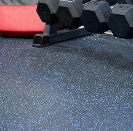 cheap EPDM rubber gym roll mats flooring/Flexible, Robust and Sound Absorbent Rubber Gym Flooring roll/synthetic