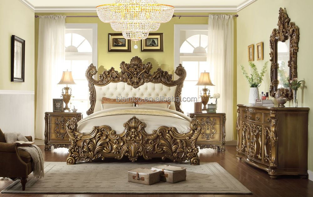 Palace Style Hand Carved Wooden King Size Bedroom Set European Luxury Bedroom