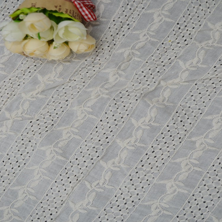 A4-1 white cotton lace fabric embroider craft for garment