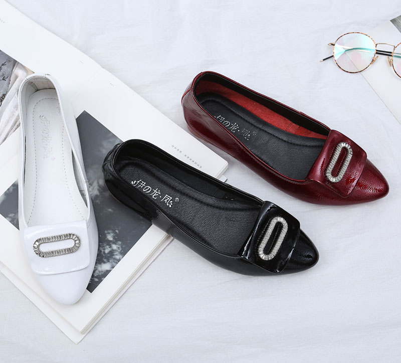 2017 latest ladies genuine Leather flat shoes china wholesale casual slip on women shoes