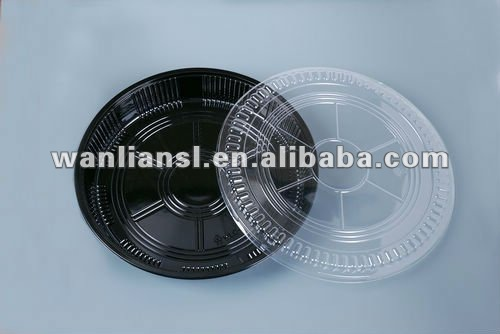 Round plastic party food trays