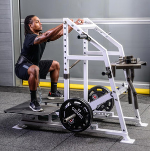 hammer strength Belt Squat gym fitness machine