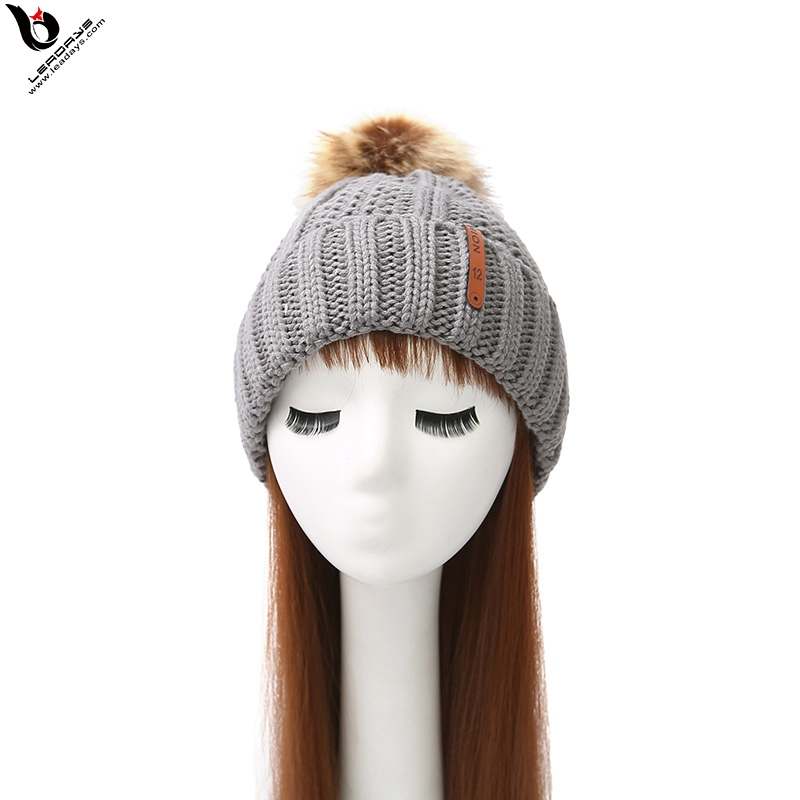 Light Gray Women Fleece Lining Wool Knitted Pompom Beanie Hat