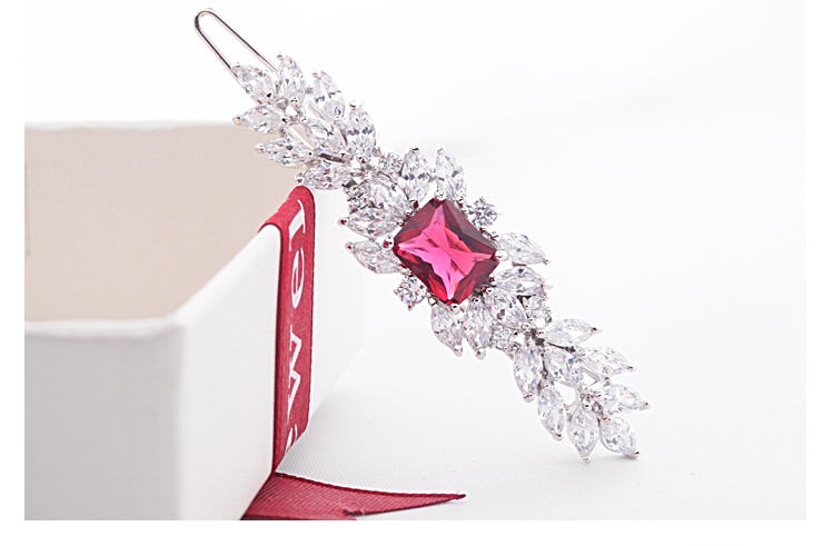 LUOTEEMI Wholesale High Quality Luxury News Style Fashion Cute Cubic Zirconia Jewelry Bridal Flower Hair Pins Hair Accessaries