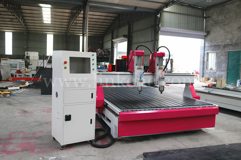 Multi heads Multi Spindle 3D CNC Router / 4 Axis Multi Head CNC Router Machine