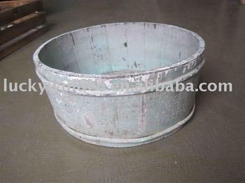 Worn Handmade Farm Wooden Outdoor Round Planter Flower Pot