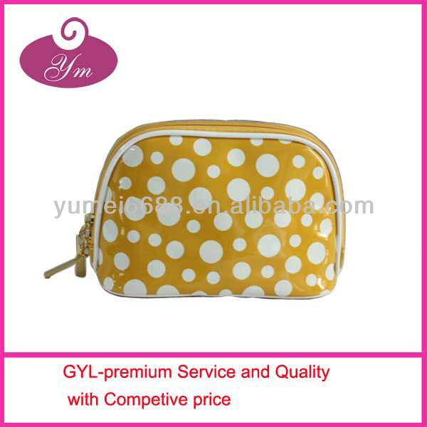 Hot sale!!!2014 new design high quality cosmetic travel kit