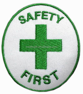 GREEN CROSS SAFETY FIRST IRON/SEW ON PATCH APPLIQUE EMBROIDERED T-SHIRT CLOTHING