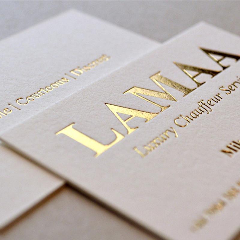 Элегантная Золотая Серебряная фольга с тисненой отделкой, белая бумага, индивидуальная деловая печатная карта