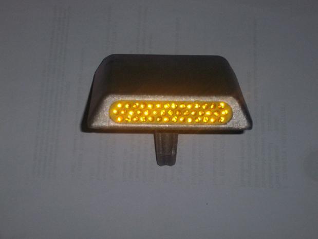 43 двусторонняя стеклянные бусины алюминия отражающей спайк красный белый желтый цвет может быть изменен