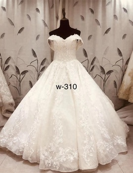 New Lace Appliqued Modern 2018 Patterns Bridal Gown Customized Full Skirt Wedding Dress Buy Customized Wedding Dress 2018 Bridal Gown Bridal Gown