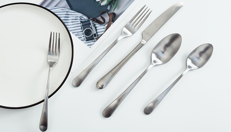 NZ-1802 Matte Silver Plate Hotel Restaurant Tableware Fork Spoon Knife Cutlery Sets