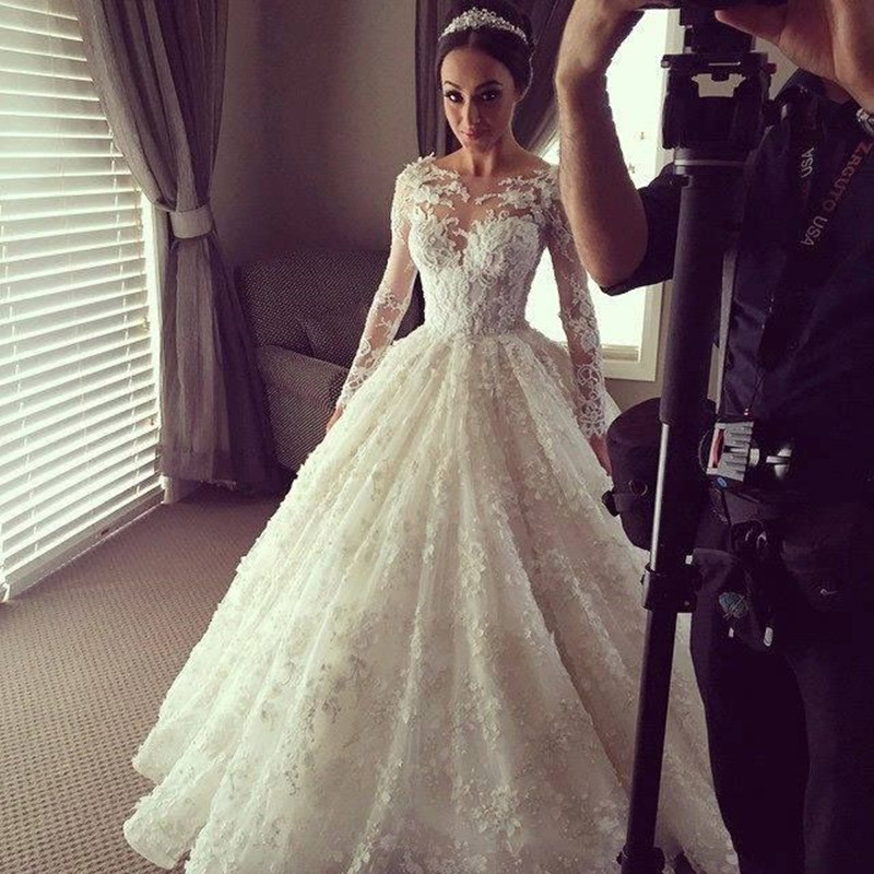 Vintage Lace Long Sleeve Wedding Dress Luxury Ball Gown