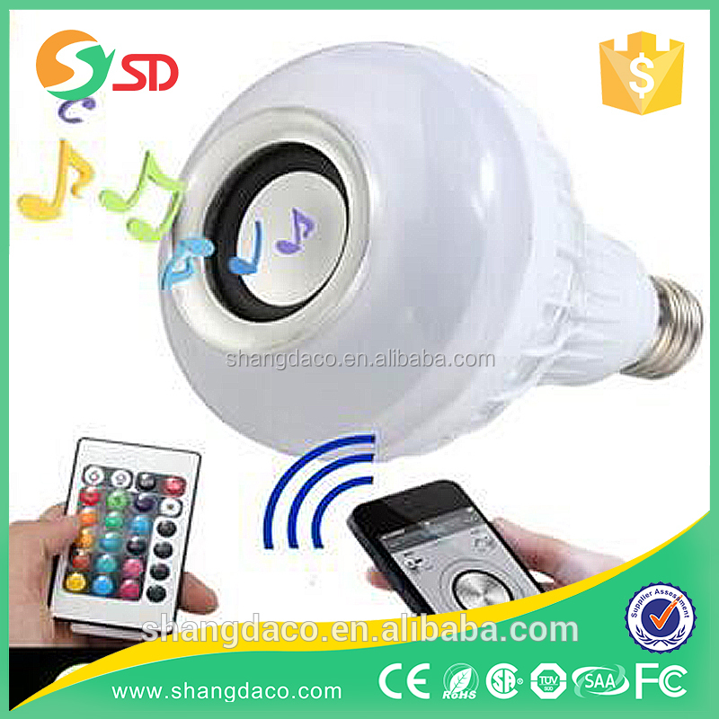 RGBW 4 color remote control Bluetooth audio speaker Music player Multifunctional Smart Led <strong>Bulb</strong>