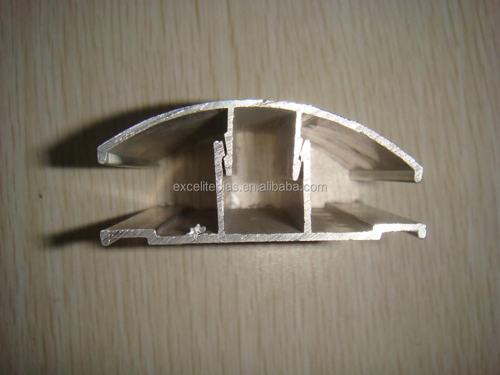profilo in alluminio per la lastra di policarbonato visiera e computer lamiera goffrata id. Black Bedroom Furniture Sets. Home Design Ideas