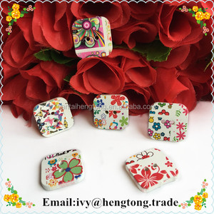 2 holes digital printing square printed decorative wooden buttons, wood button for bag, clothings, custom buttons