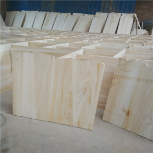 paulownia ,fir,pine, Timber Type and Solid Wood Boards Type high quality cheap price sawn cedar timber