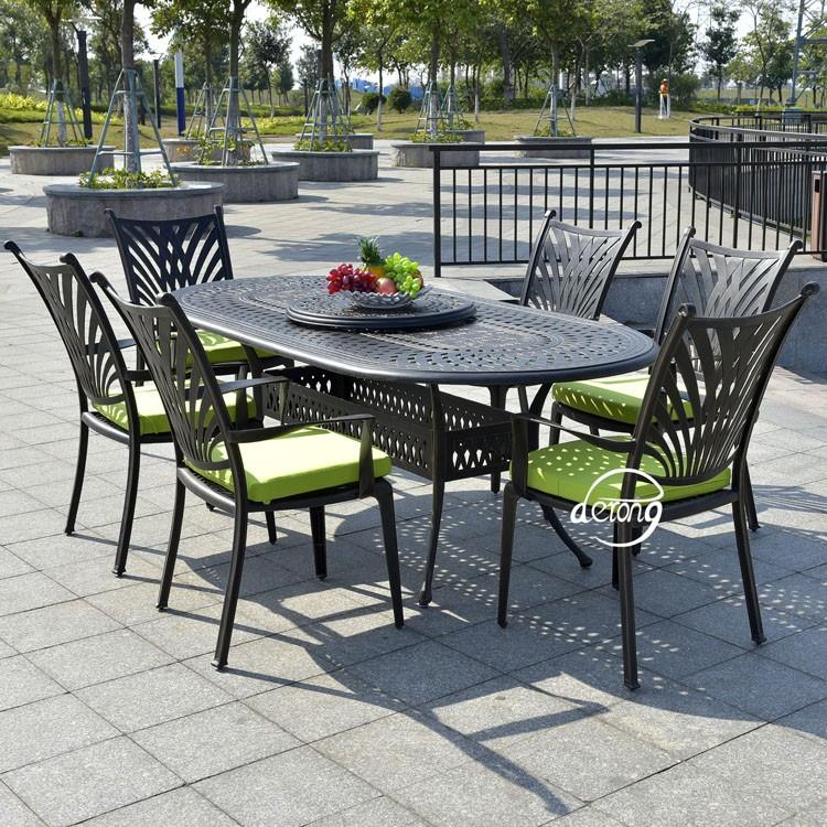 En Fonte D Aluminium Une Table 6 Chaises Salle A Manger Ensemble En