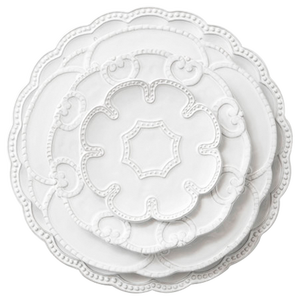 Healthy european standard embossed dinner set ceramic wedding plate set
